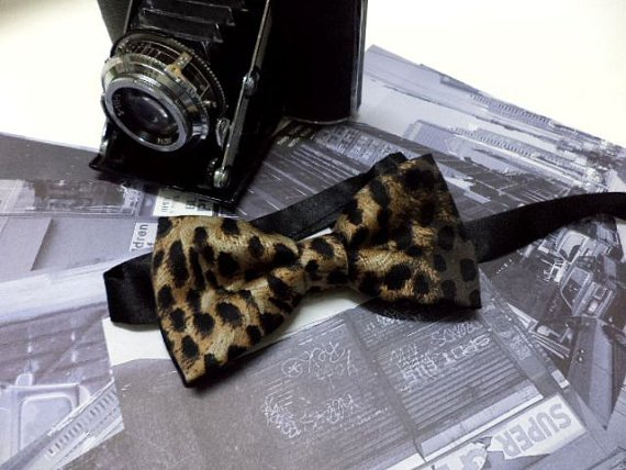 Leopard bow tie, animal print mens bowtie, leopard bow tie, party, wedding, pre-tied