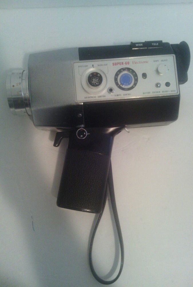 VINTAGE YASHICA SUPER-60 ELECTRONIC MOVIE CAMERA**Partially Tested=GOOD