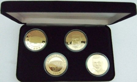 The Highland Mint - 2003 - San Antonio Spurs - World Championship - Collector Set