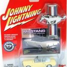 2005 - 1965 Ford Mustang Convertible - Johnny Lightning - 40th Anniversary Edition - White Lightning