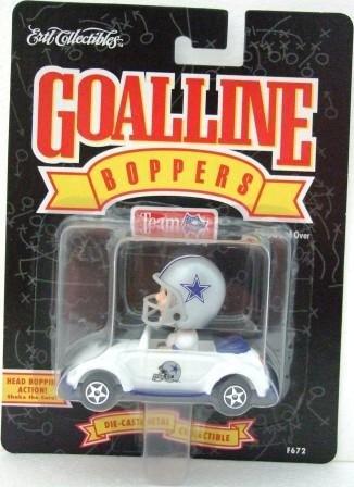 1996 - Ertl Collectibles - Limited Edition - GoalLine Boppers - Dallas Cowboys - Volkswagen Bug