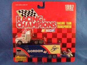 1997 - Robby Gordon No. 40 - NASCAR - Racing Champions - Racing Team Transporter - Diecast Metal Car