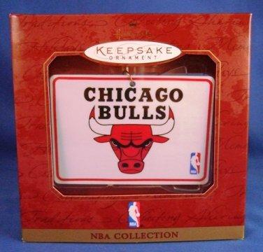 1997 - Hallmark - Keepsake Ornament - Ceramic - NBA Collection - Chicago Bulls - Basketball Ornament