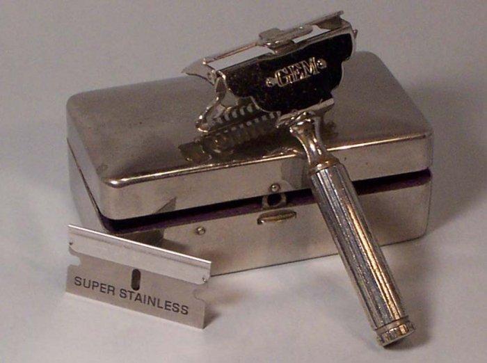 Gem Safety Razor with metal case