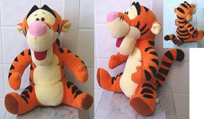 """Disney Mattel 1999 Stuffed Tigger Talking 10"""" tall"""