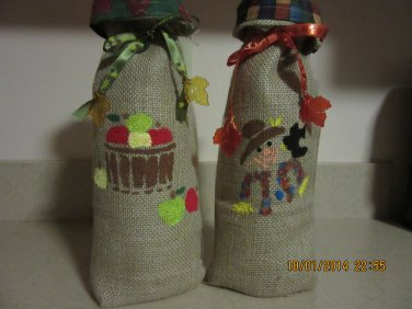 """Holiday Wine Bags  5"""" x 13"""",Burlap Wine Bags, Party Wine Bags, Thanksgiving Gift, Autumn Bags"""