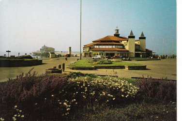 Bournemouth Pier Dorset Postcard. Mauritron 248341