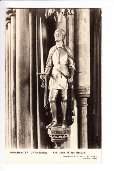 Winchester Cathedral Joan of Arc Statue Postcard. Mauritron 249833