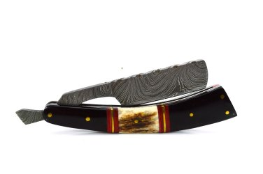 118 RD Straight Razor of Damascus Steel Blade with Stag Horn on Handle + Leather Sheath