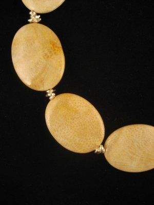 Fossilized Coral Necklace : DMD1020