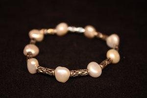 Freashwater Pearl Bracelet - DMD1923