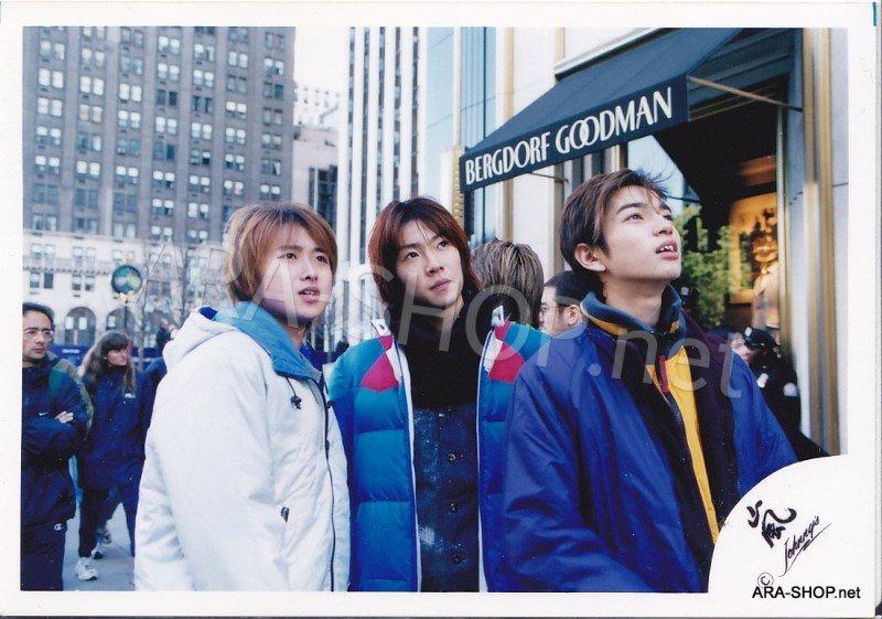 SHOP PHOTO - ARASHI - 2001 in New York #130