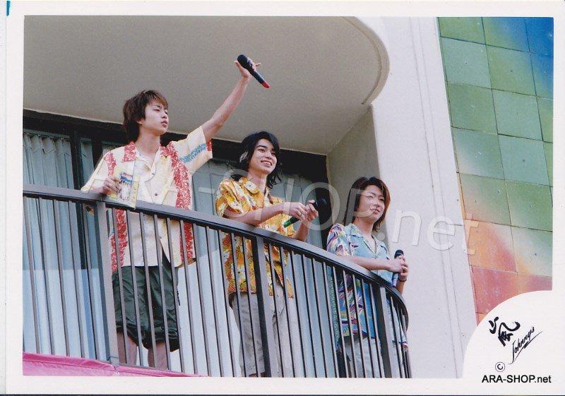 SHOP PHOTO - ARASHI - 2003 Fanmeeting in HAWAII #198