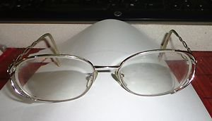 VGUC - VINTAGE AUTHENTIC *SALVATORE FERRAGAMO* LADIES EYEGLASSES