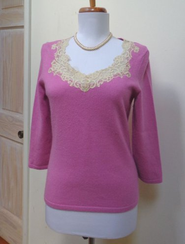 EUC - ANN TAYLOR Antique pink 100% Cashmere Scooped Lace Neck Sweater - Size S