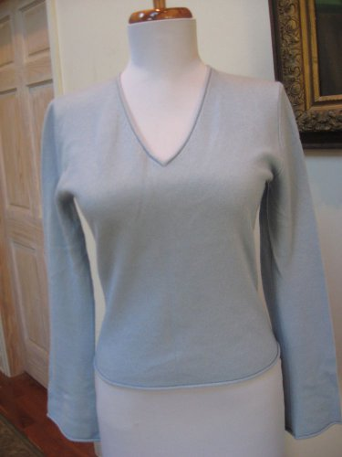 EUC - EVELYN GRACE Light Blue 100% Cashmere V-Neck Sweater - Size S