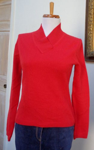 EUC - INVESTMENTS True Red 100% Cashmere Cross-Over V-Neck Sweater - Size XS