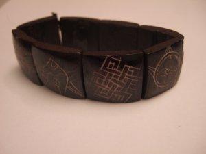 The Auspicious Symbols (YB003)