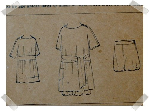 Antique New Idea Pattern #9514Dress/Bloomers Pattern Sz 4 yrs c. 1910