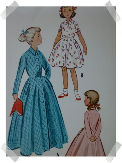 McCalls #9200 Girls Robe Pattern Sz 6  c. 1952