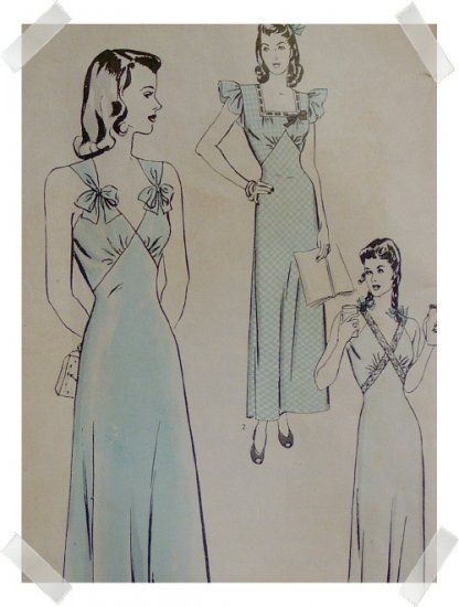 Hollywood #1247 Sz 12 Woman's Graceful 1940s Nightgown Pattern