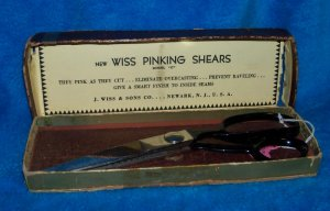 Vintage 1940's Wiss Pinking Shears in Box Model C