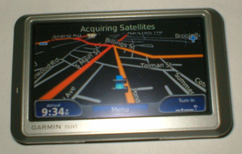 Garmin nuvi 750 Automotive GPS with car charger