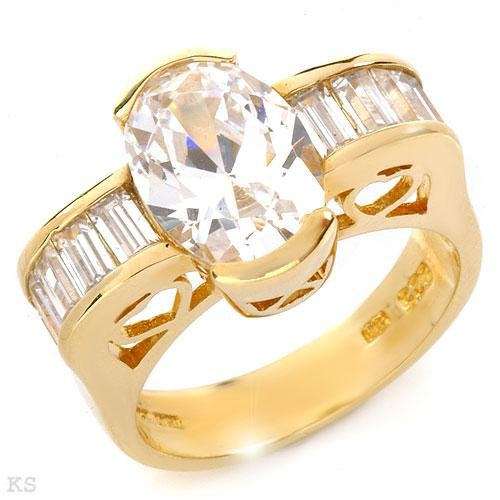 Fashionable Woman's Ring 14K Gold plated Silver Size 7