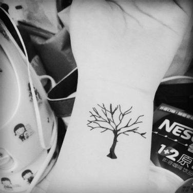 Tree Sexy Waterproof Removable Temporary Tattoo Body Arm Art Sticker