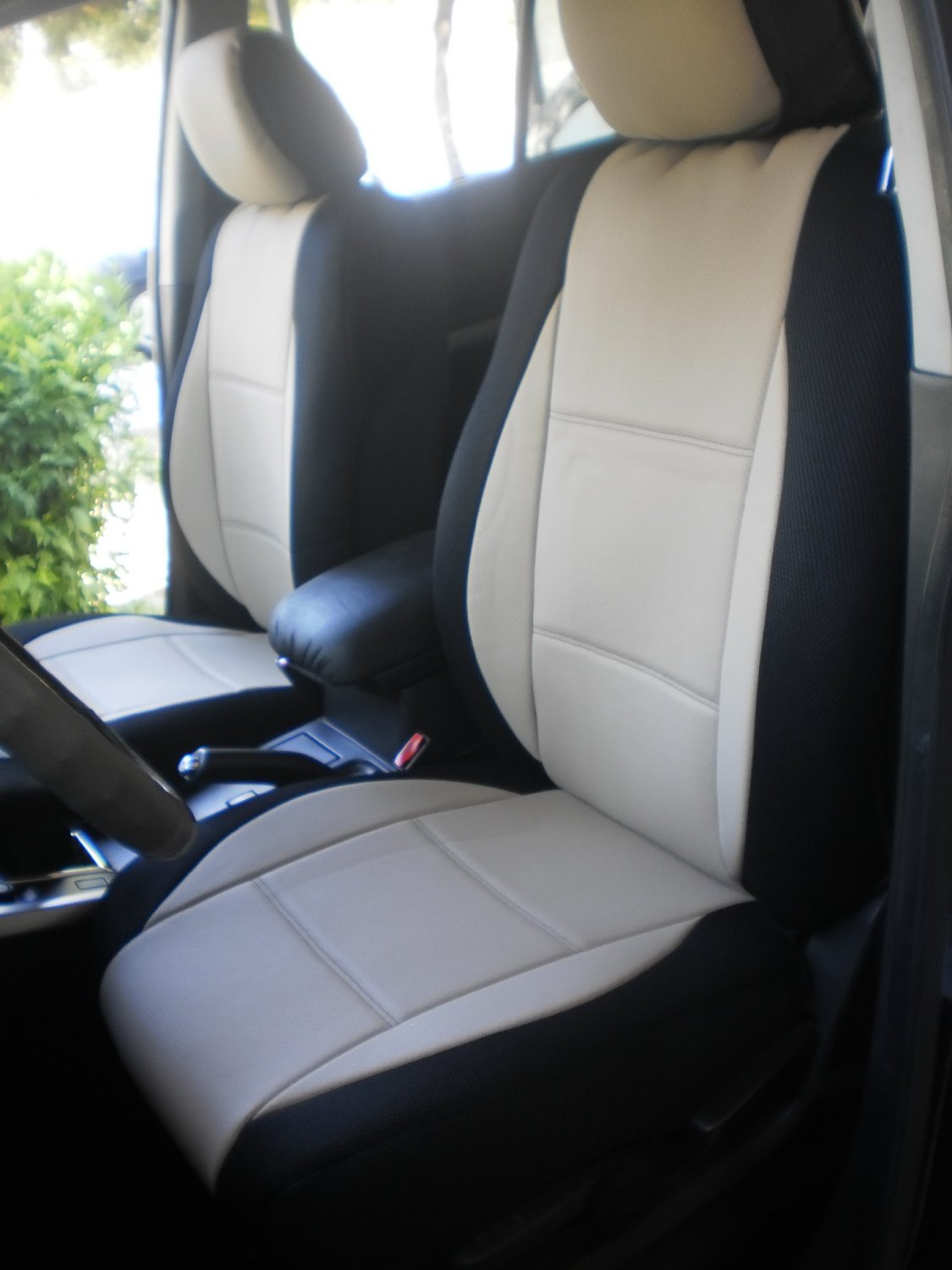 VW PASSAT 2006�2014 MIX LEATHERETTE & SYNTHETIC TWO FRONT SUGAR BLACK CAR SEAT COVERS