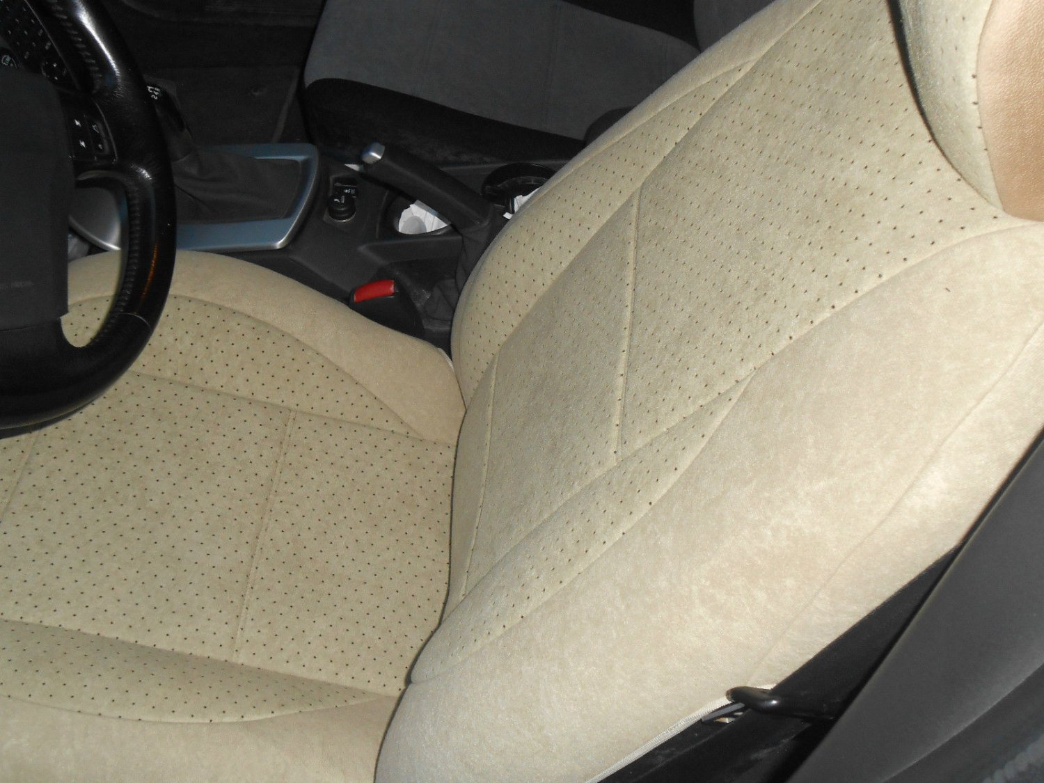 Toyota Sienna XL30 2010�present TWO FRONT CUSTOM VELOUR TAN (BEIGE) CAR SEAT COVERS