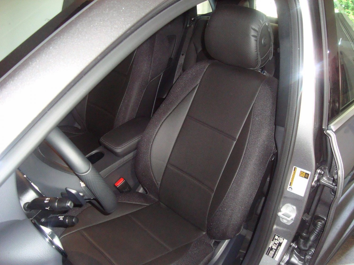 Mercedes B-Class W246 2011-Now MIX LEATHERETTE & SYNTHETIC TWO FRONT BLACK CAR SEAT COVERS