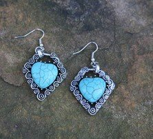 HEART TURQUOISE  Earrings -SILVER Tone with NEW w TAG