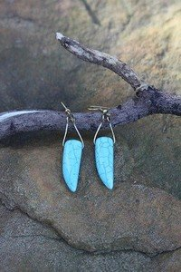 TURQUOISE Earrings -Gold Tone with NEW w TAG
