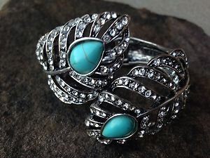 Bracelet With Genuine TURQUOISE Austrian Crystals- NEW w TAG Never Worn! Cute!!