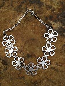 Turkish Jewelry Flower Necklace Zamac Hand  Made In Turkey~NWT Turkey! Beautiful