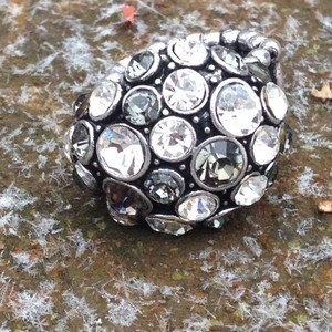 CRYSTAL Ring~stretch~WITH Crystals beautiful!! NEW Without Tags!!