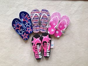 Lot of 4 justice for girls Pairs Of flip flops, size 2-3