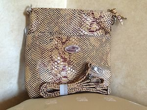 OVER THE SHOULDER BAG/PURSE~  MADE WITH THE FINEST GENUINE LEATHER~NWT~BEAUTIFUL