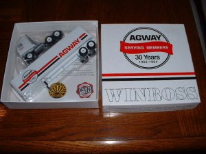 AGWAY--30 th anniversary...1994  Winross truck--made in  USA--BE