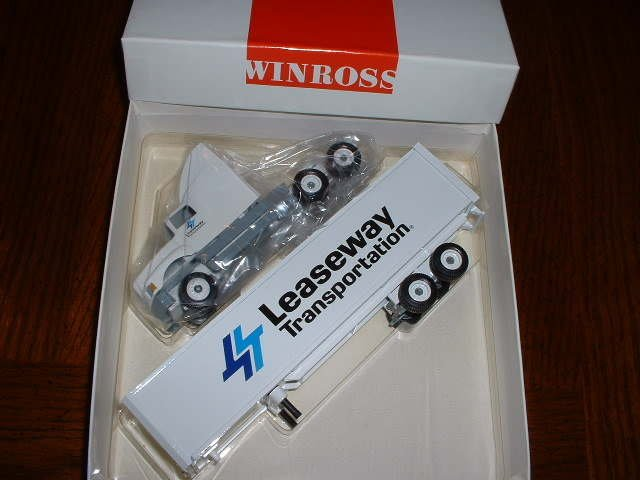 Leaseway Transportation....1991 Winross truck--made in USA--R