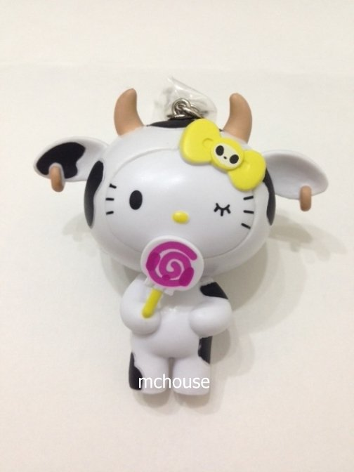 7-11 HK Sanrio Hello Kitty Tokidoki Wonderland Figurine Cow Kitty