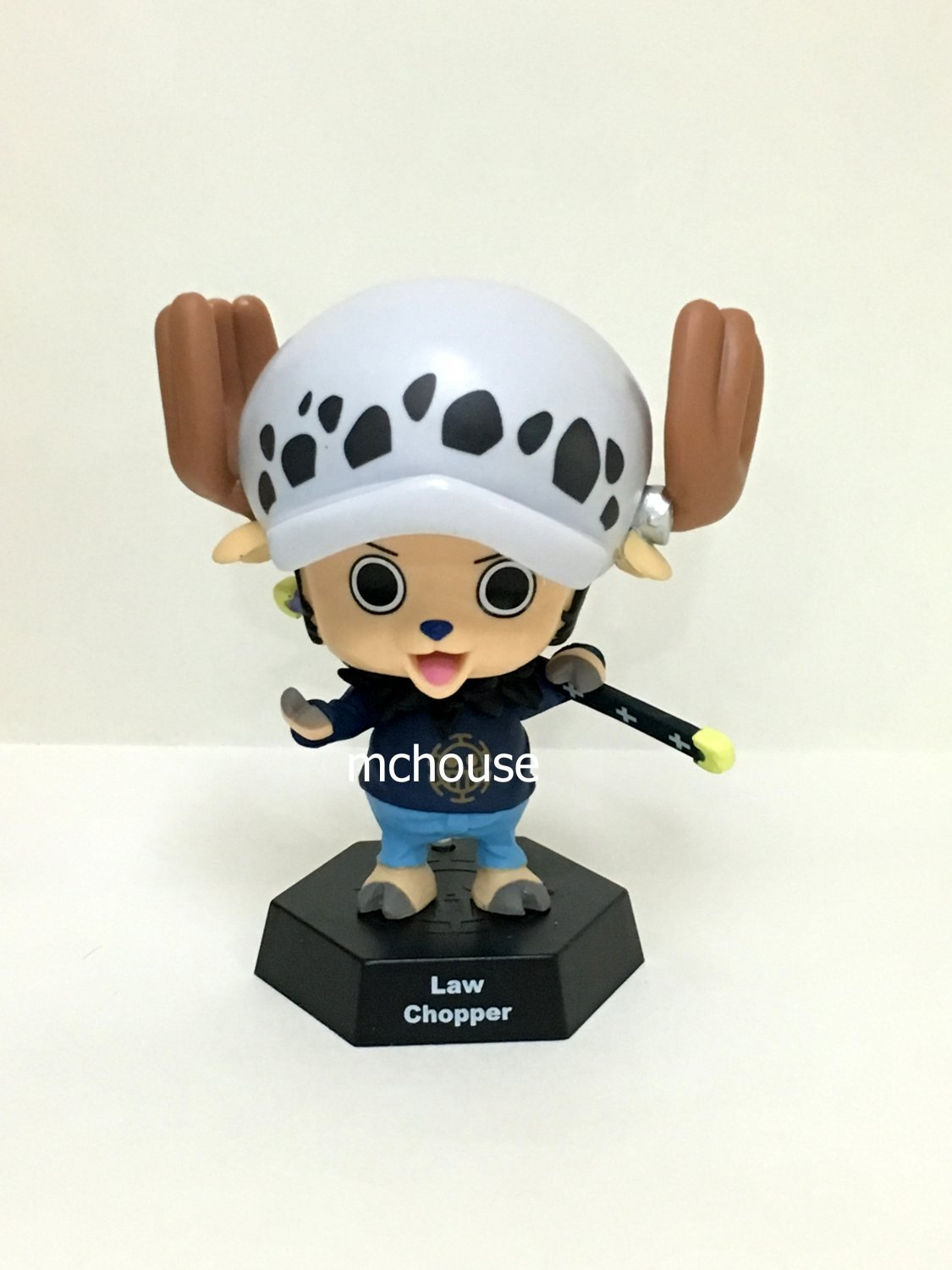 7-11 HK One Piece 2016 Chopper World Figures Law Chopper