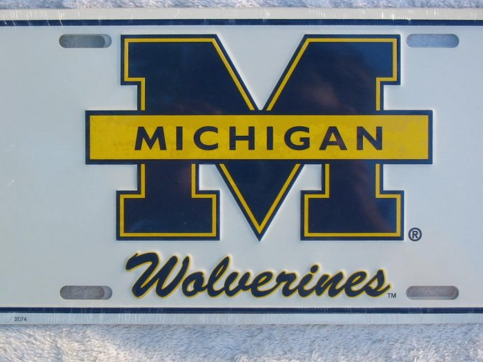 University of Michigan Wolverines Metal License Plate-white