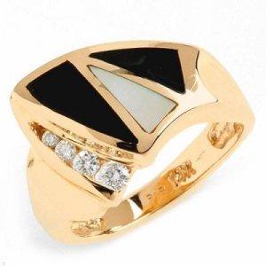 0.15 Carat Diamond, Onyx & Mother of Pearl Ring