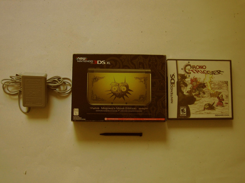 Nintendo New 3ds xl Majora's Mask Edition  w Chrono Trigger  & More!