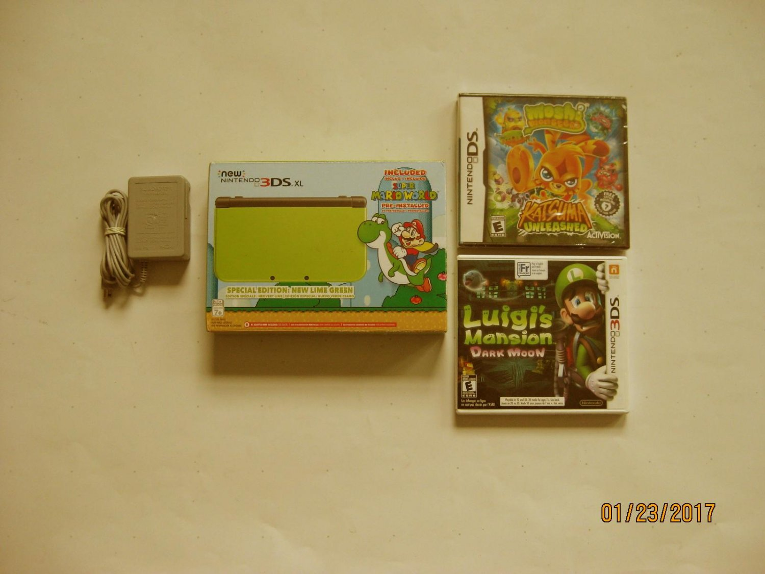 Lime  Nintendo New 3ds xl Yoshi Edition w Luigi's Mansion & More!!!