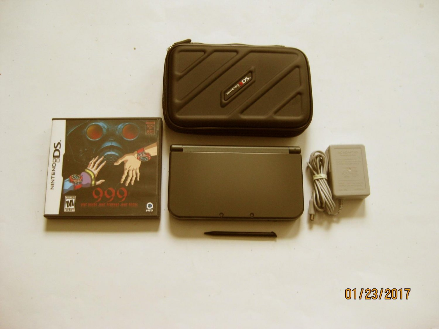 Nintendo New 3DS XL Black 9.9 Firmware  w 999 & More !!