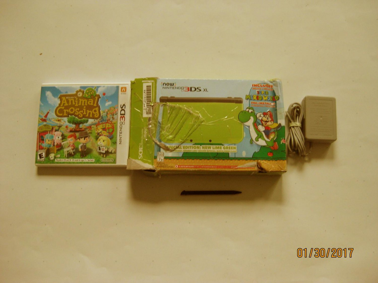 Excellent Lime  Nintendo New 3ds xl  w Mario World  & More!!!