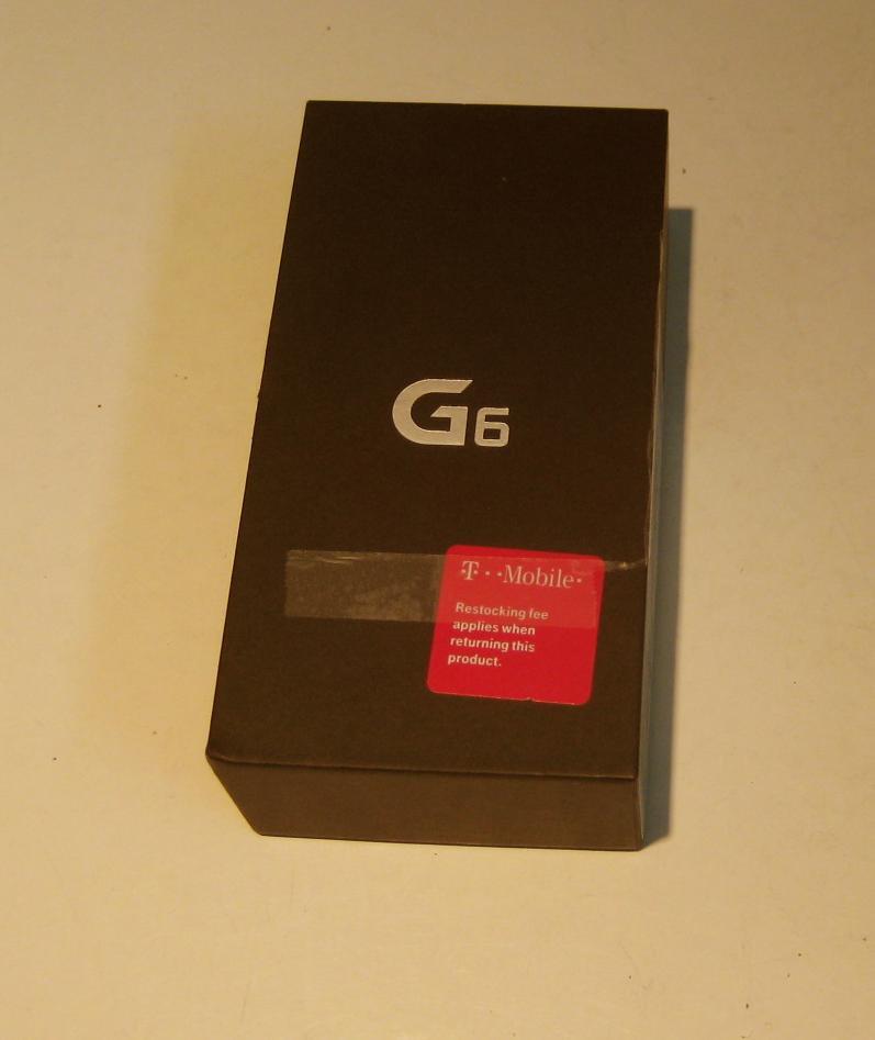 Near Mint Jet Black  32gb Unlocked T-mobile LG G6  & More!!